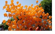 suelta de globos con mensajes, magnifica tu evento